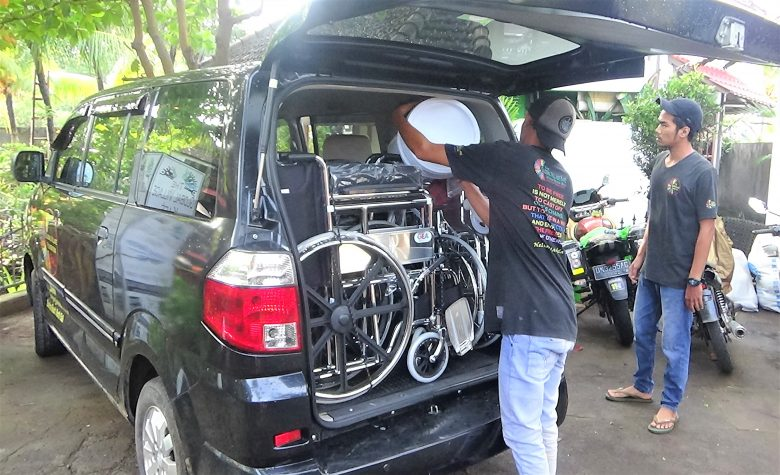 Jan 27 2018. Global Village deliver three new wheelchairs to elderly Stroke Victims in North Bali